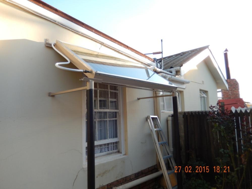 HOME MADE SOLAR WATER HEATER -.JPG